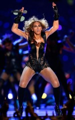 beyonce unflattering 06feb13 07